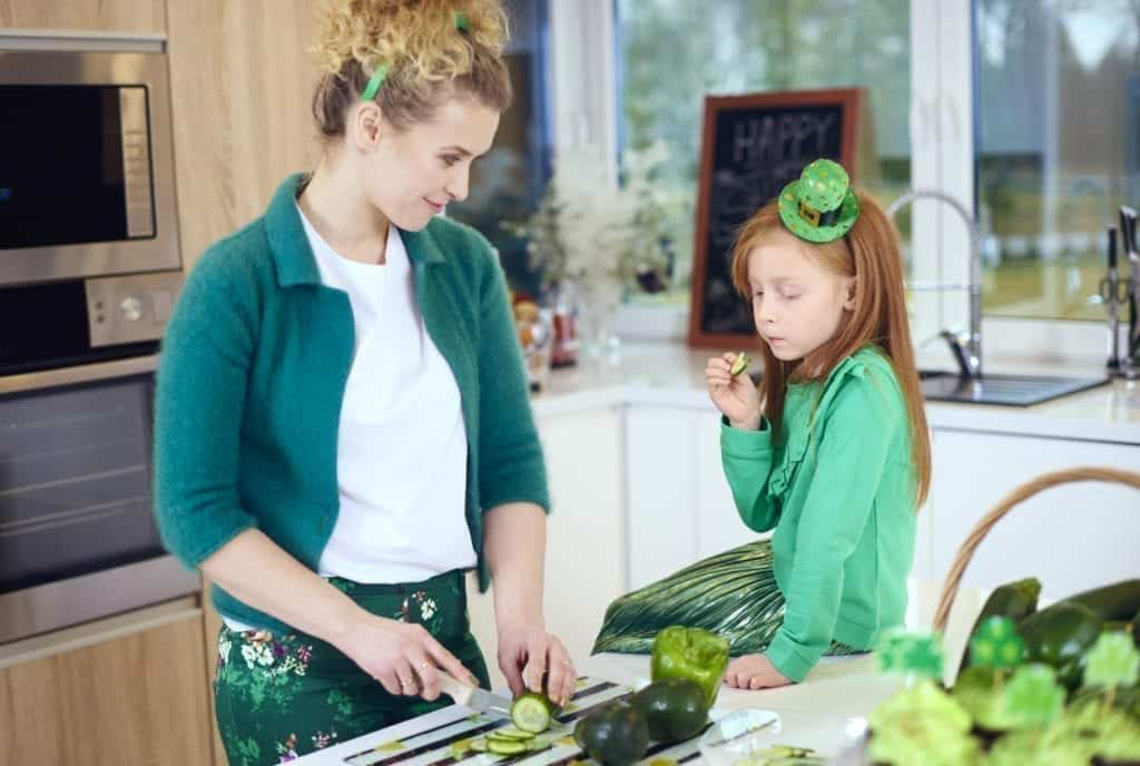 8 Ways to Put More Vegetables in Your Children's Meals